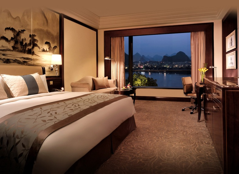 SLGL-Bg-Deluxe-River-View-Room